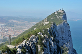 Gibraltar tension divides two main Spanish political parties