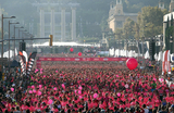 25,000 Female runners take to the streets of Barcelona on World Breast Cancer Day